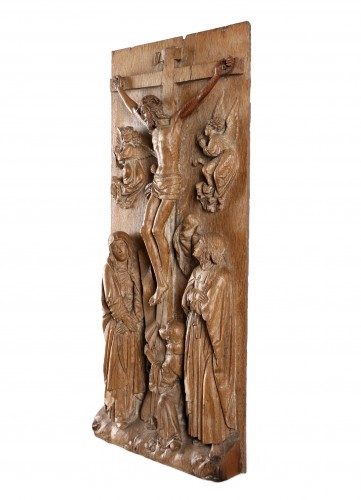 11th to 15th century - A group representing Christ on the cross - 15th century