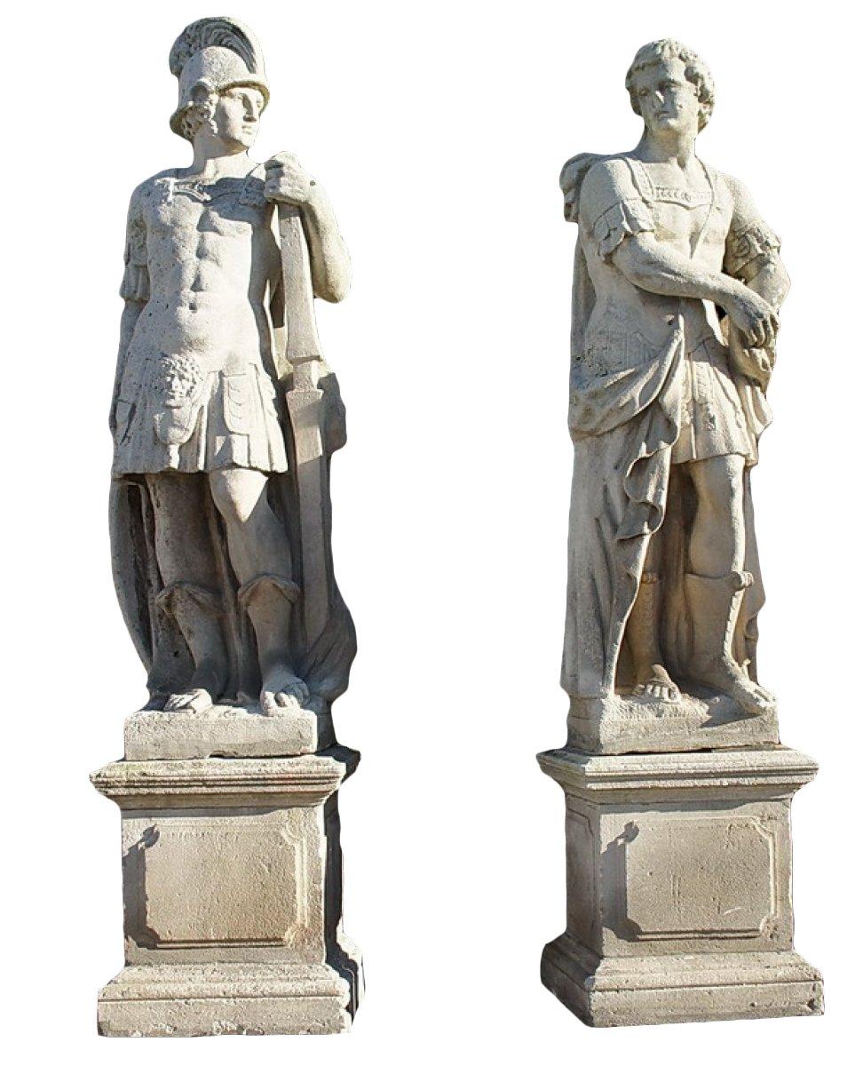Paire De Statues En Pierre Xviiie