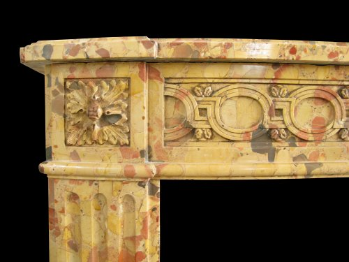 Fine Louis XVI marble fireplace, 18th Century - Architectural & Garden Style Louis XVI