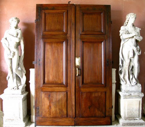 18th century walnut door - Architectural & Garden Style