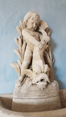 18th century - 18th century carved fountain