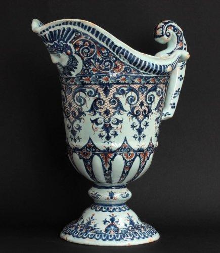 18th century Rouen ewer (Hanap) - Porcelain & Faience Style