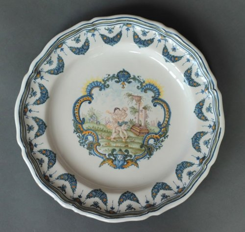 Mytological Moustiers plate, France 18th century - Porcelain & Faience Style