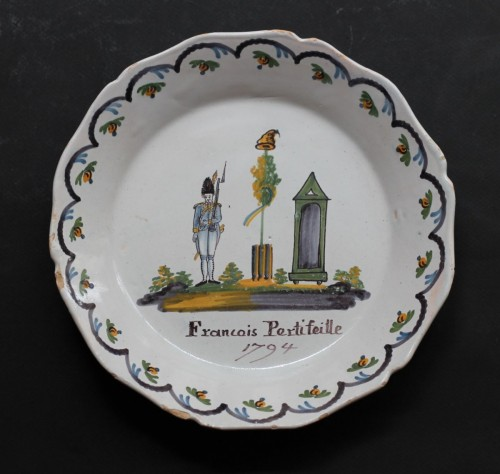 Porcelain & Faience  - Nevers faience plate with revolutionary decor