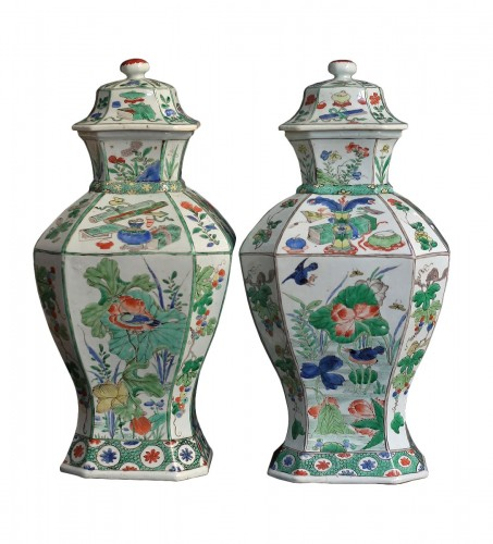A pair of Famille Verte jars in China porcelain, kangxi Period (1662-1722).