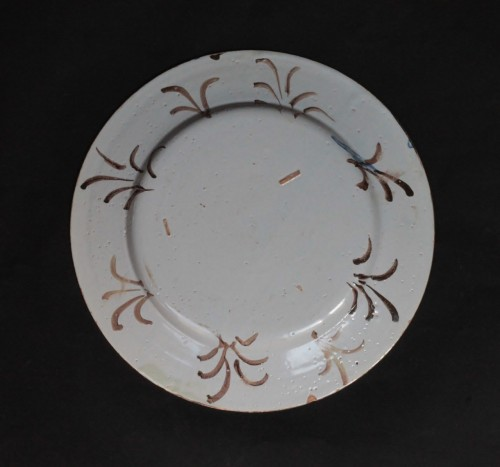 Porcelain & Faience  - Pavia Faience dish - Late of 17th / Beginning of 18th century