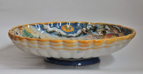 "Porcelain & Faience  - Urbino majolica cup ""Winter"""