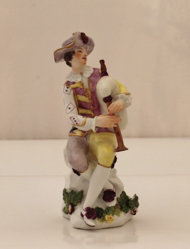 Harlequin statuette in Meissen porcelain - Porcelain & Faience Style