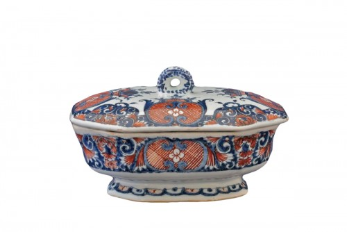 Rouen earthenware spice box