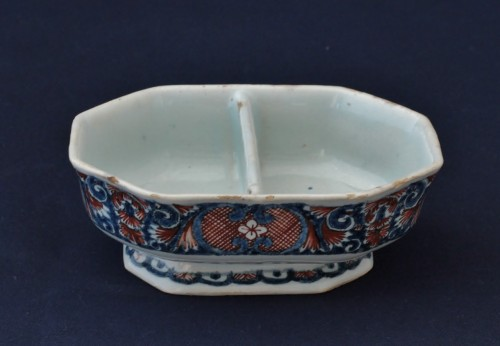 Porcelain & Faience  - Rouen earthenware spice box
