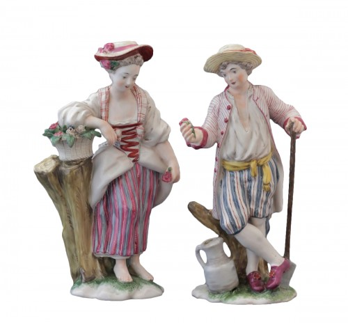 Pair of Niderviller earthenware statuettes