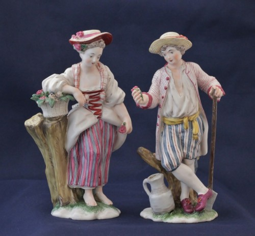 Pair of Niderviller earthenware statuettes -
