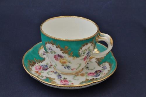 Vincennes porcelain green cup - Porcelain & Faience Style