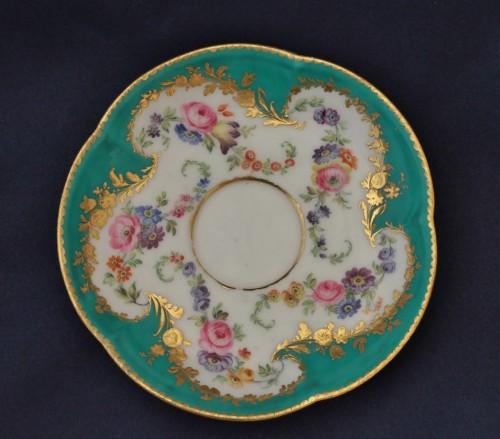 Porcelain & Faience  - Vincennes porcelain green cup