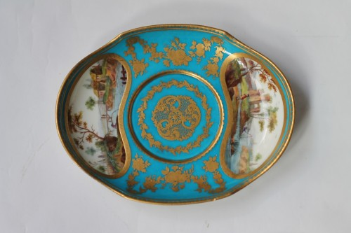 Porcelain & Faience  - Sèvres, celestial blue ground broth bowl and its display