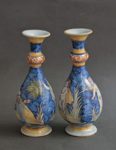 Porcelain & Faience  - Nevers, pair of vases with a wavy blue background, 17th century