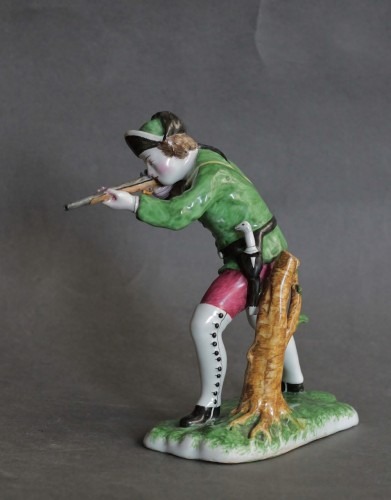 Porcelain & Faience  - Hunter in Strasbourg earthenware, circa 1750-1754