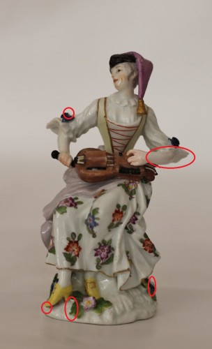 Louis XV - Colombine playing the hurdy-gurdy, Meissen porcelain 18th century.