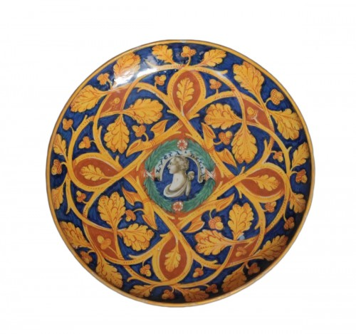 Large bowl in Castel-Durante or Urbino majolica, Circa 1535-45