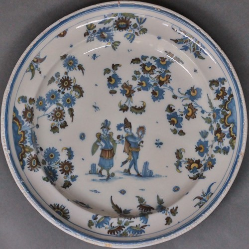 Large dish in Alcora (Spanish) faience between 1735 and 1760 - Porcelain & Faience Style