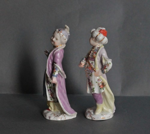 Porcelain & Faience  - Two statuettes of children in Turkish Costume in Meissen porcelain, 18th