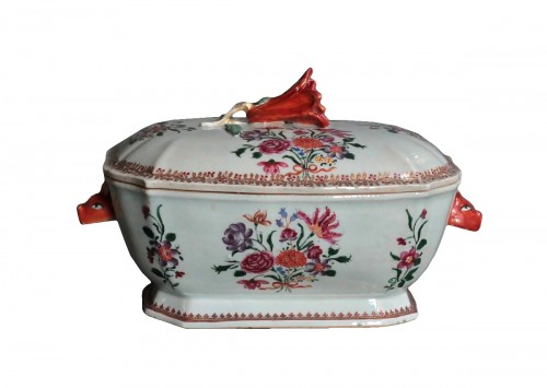 Covered Tureen in porcelain of Chine, Company of the Indies, 18th century