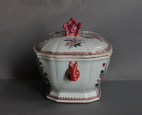 Porcelain & Faience  - Covered Tureen in porcelain of Chine, Company of the Indies, 18th century