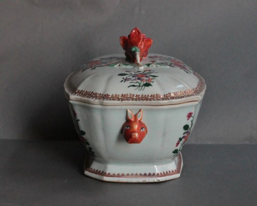 Louis XV - Covered Tureen in porcelain of Chine, Company of the Indies, 18th century
