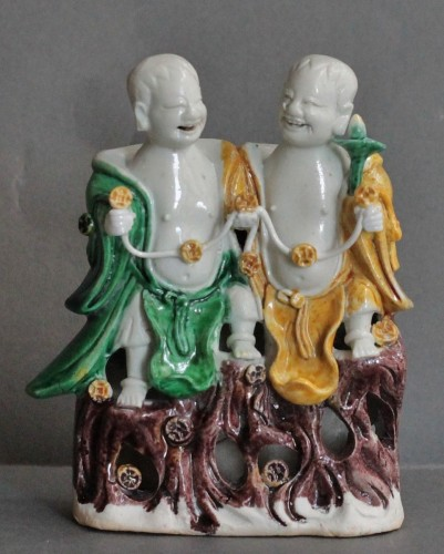 Antiquités - Children HoHo in China Porcelain, Second Half of the 17th Century