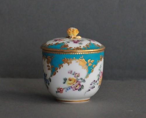 Porcelain & Faience  - Sugar Pot in Vincennes Porcelain Circa 1756