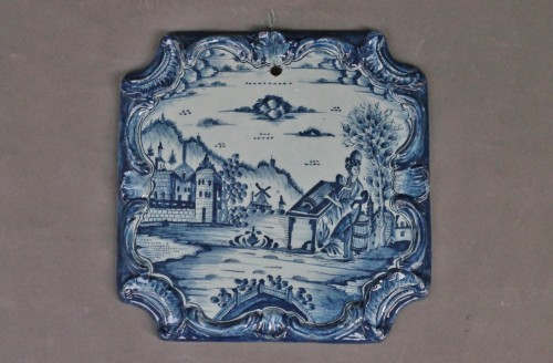 Square Tile Picture in Delft earthenware, PVB mark Circa 1740-1750. - Porcelain & Faience Style Louis XV
