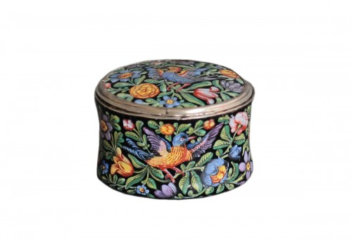 Oval enamel box decorated with birds, flowers and foliage, 18th century