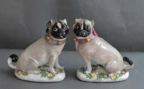 Pugs in Meissen porcelain (Saxony, Germany), circa 1745 - Porcelain & Faience Style Louis XV