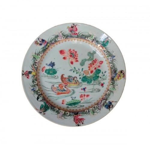 China porcelain, plate with mandarins ducks, Qianlong period, 18th century.