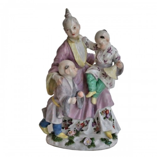 Meissen porcelain group representing the Chinese family, circa 1750
