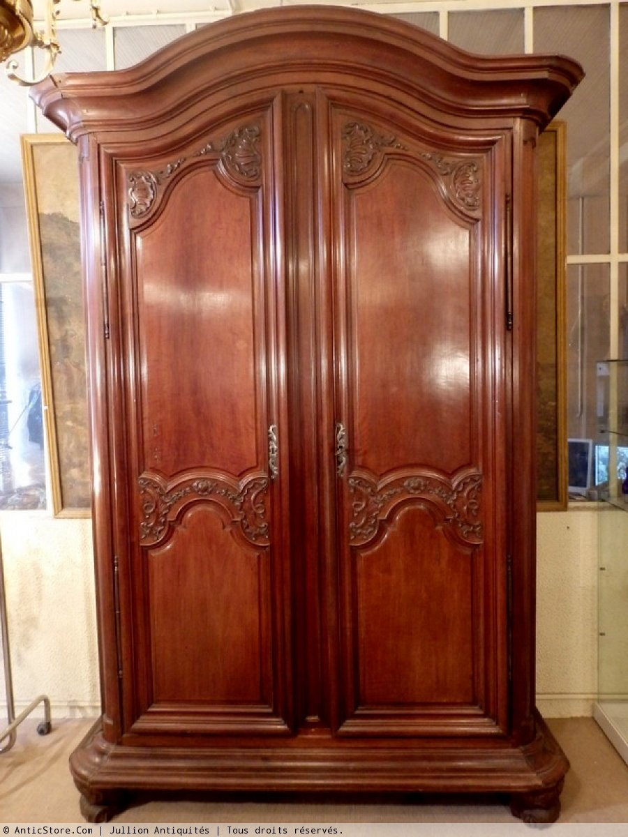 armoire louis xv antiquit s sur anticstore. Black Bedroom Furniture Sets. Home Design Ideas
