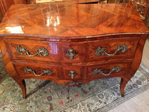 Commode Louis XV en marqueterie - Mobilier Style Louis XV