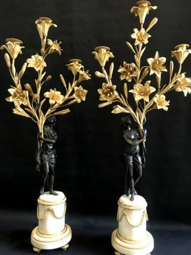 Pair of bronze and marble Louis XVI candlesticks - Lighting Style Louis XVI