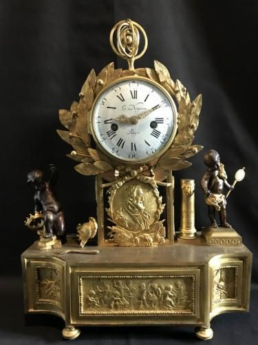 French Louis XVI gilt bronze clock - Clocks Style Louis XVI