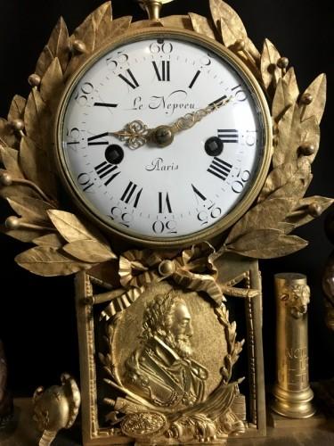 French Louis XVI gilt bronze clock - Louis XVI