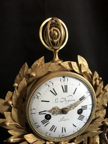 Louis XVI - French Louis XVI gilt bronze clock