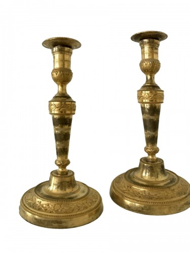Pair of Louis XVI bronze candlesticks