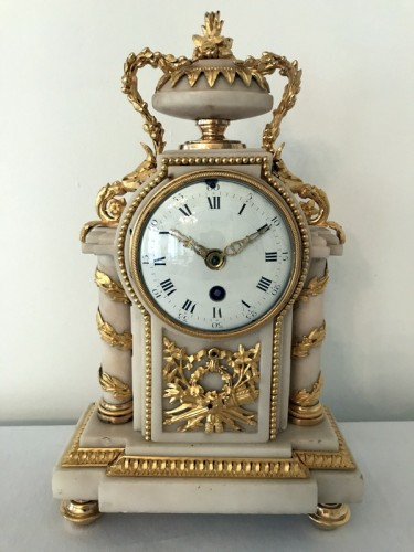 French Louis XVI bronze and marble mantel clock - Clocks Style Louis XVI