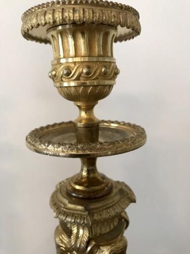 Antiquités - Pair of Louis XVI style bronze candlesticks