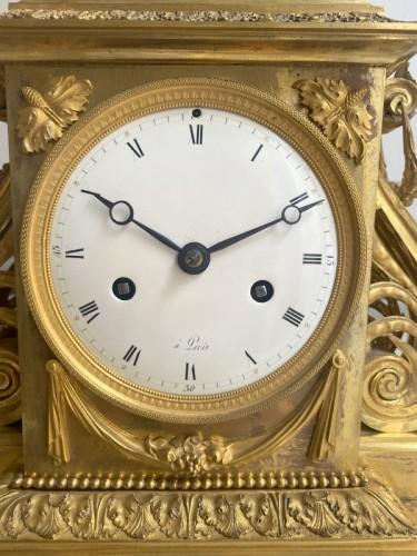 18th century - A gilt bronze Directoire clock