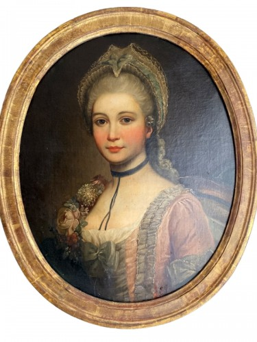 Medallion portrait of a lady
