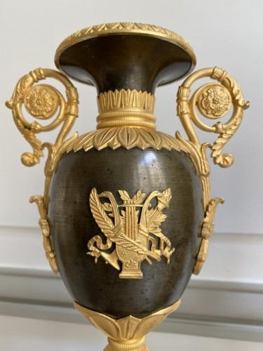 19th century - Pair of gilt bronze restoration cassolettes vases