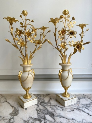 Pair of Louis XVI candlesticks - Lighting Style Louis XVI