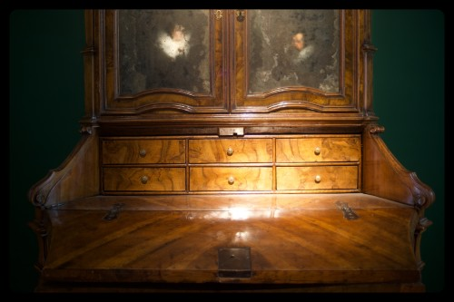 Stunning cabinet  - Furniture Style