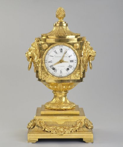 French Louis XVI Mantel Clock - Clocks Style Louis XVI
